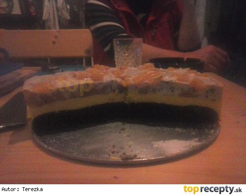 Broskyňová torta