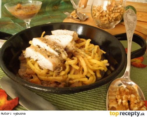 Grécke citrónové kura s orechovou omáčkou